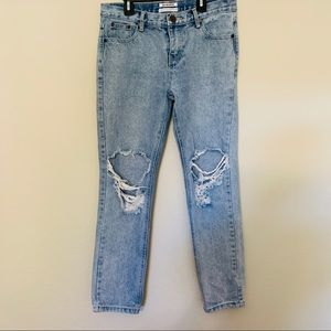 One Teaspoon Awesome Baggies Light Wash Distressed